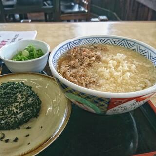 どんどん - 料理写真:モーニング肉 むすび1個 [¥420] / 天かす [¥40]