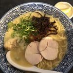 濃厚鶏そば 晴壱 - 濃厚鷄白湯ラーメン