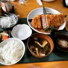 とんかつ専門店とん - 料理写真:ロースカツ定食(200g) ¥2,035-