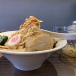 146456460 - 赤 大ラーメン(汁なし)  野菜チョイマシ