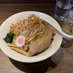 146456461 - 赤 大ラーメン(汁なし)  野菜チョイマシ