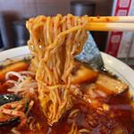 大輪 - 細縮れ麺 5辛のジャリジャリの唐辛子とよく絡みます。