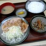 扇家食堂 - 日替りの生姜焼定食