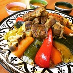 モロッカンダイニング マルメロ - 野菜と肉のクスクス
