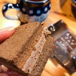 シェ・アオタニ - 生チョコサンド ネーミング通りのお味