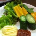 海と - 野菜盛りハーフ 250円