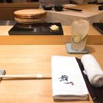 Sushihajime - 思えばナフキンのある高級お鮨屋さんって珍しい(?)個人的にはあった方が嬉しい( *¯ ꒳¯*)