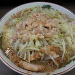 ラーメン二郎 - 小ラーメン・野菜少な目・アブラマシ