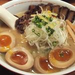 麺工房 茜屋 - DXあかねやラーメン/しょうゆ(890円)