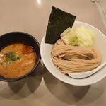 tsukemengonokamiseisakujo - 海老つけ麺 880円
