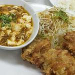 中華厨房 友 - ランチ / 麻婆豆腐・唐揚げ(650円)