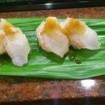 大天寿司 - タイとヒラメ