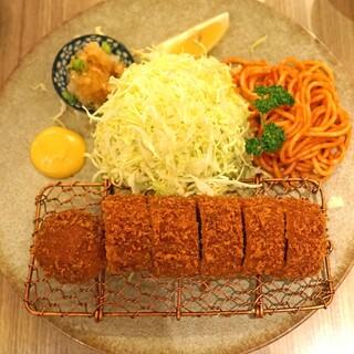 とん久 - 料理写真:ヒレかつ定食