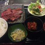 土古里 - ロースランチセット1,680円