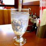 14652446 - ランチドリンクのココナッツジュース。ちょっと珍しい!