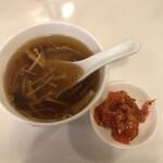 yokohamachuukagaikaigenshukataiwanshourompousemmonten - スープも美味かった