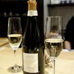 ロランジュ - シャンパン  ブリュン・セルヴネイ メロディ アン セー
