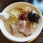 煮干中華 あさり - 辛味そば(塩)750円