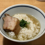 自家製手打ち麺 粋や - 塩らぁめんのスープをライスにかけて極上雑炊の出来上がり
