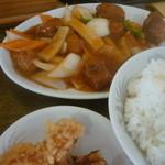 生香楼 - 酢豚、鶏唐揚げ