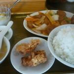 生香楼 - 日替わりランチB酢豚定食プラス鶏唐揚げ(2個)ご飯大盛