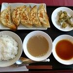 14654740 - 俺の餃子定食香味(819円)です。