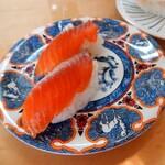 魚河岸寿司 - 料理写真:サーモン