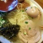 ラーメン櫻島 本店 - 麺が細い