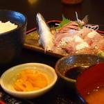 潮浜 - 鯵刺身定食