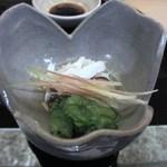 寿司 割烹 開 - 次の料理はハモの料理、この頃から焼酎に替えてチビチビやりだしました。