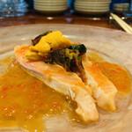 スペイン料理 アロス - ・鱒のカルパッチョ、イクラのソース掛け、雲丹のせ