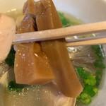 醤油と貝と麺 そして人と夢 - メンマ⁽⁽ૢ(⁎❝ົཽω❝ົཽ⁎)✧