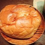 広進堂 - チーズパン(たぶんこっちが・・)ソフトで丸いミャ