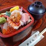 寿司処やぐら - 料理写真:ちらし 白梅