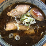 kogashinegira-mennegijirou - 具沢山です。チャーシューもメンマも分厚く美味しいです。