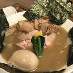 オモテナシヌードル まつじ - 特製濃炊錦爽鶏だしそば