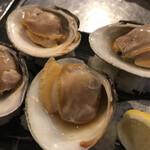 地魚屋台 浜ちゃん  - 蛤浜焼き