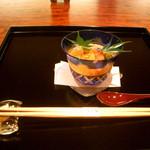 御料理 伊とう - ≪8月≫前菜。 温泉玉子の上に海老やウニ、、、周りは美味しいジュレ。