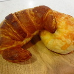 リンデ - クロワッサンとチーズのパン