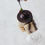 Sweets Bar 足跡 - ティラミスとチョコ、ピスタチオアイス