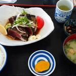 ぢばうま八 - 鰹のたたき定食1,600円