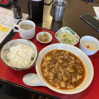 中国料理 川菜味 - 料理写真:サラダ、スープ、杏仁豆腐などが付く