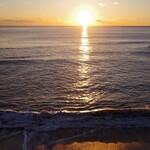 146619492 - ホテル横からの日出