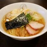 八雲 - 料理写真:☆【八雲】さん・・・特製ワンタン麺☆