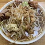 ラーメン荘 夢を語れ - ラーメン(ニンニク少なめ)800円