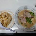 一二三 - 令和3年2月 長浜ラーメン+炒飯 720円