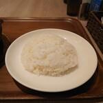 カレー食堂 心 - 五穀米もありますが、やはり白米で。