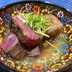 146635191 - 牛ハラミの炭火焼きと牛蒡豆腐