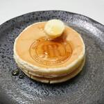 リーガロイヤルホテル新居浜 - 料理写真:リーガロイヤルホテルバニラホットケーキ