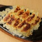 味噌とチーズのお店 鍛冶二丁 -